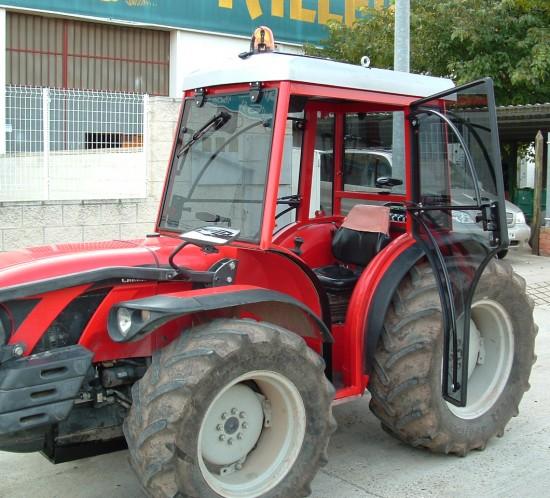 Cabinas Talleres Val para tractores, carretillas y vehículos industriales